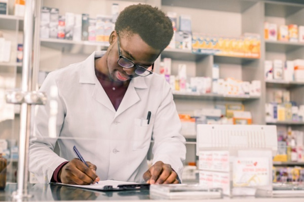 Pharmacy - Medicines Counter Assistant